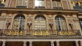 Versailles, Cour de marbre